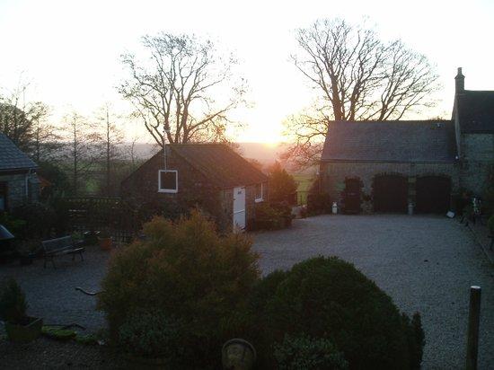 Bolehill Farm Cottages: Sunrise