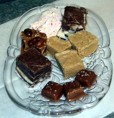 Buttonwood Inn on Mount Surprise: Paula's homemade candy