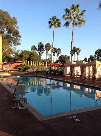 Manhattan Beach Marriott: Heated pool