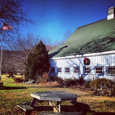 Nellysford, VA: Wintergreen Winery
