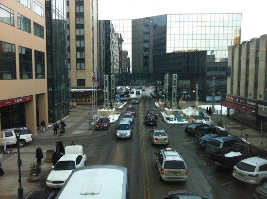 DoubleTree by Hilton Rochester / Mayo Clinic Area: Vista da Passarela que liga o Hotel ao demais predios