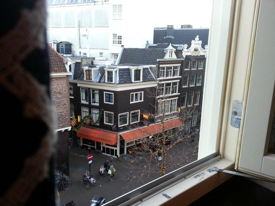 Hotel Estherea: View from room onto Spuistraat