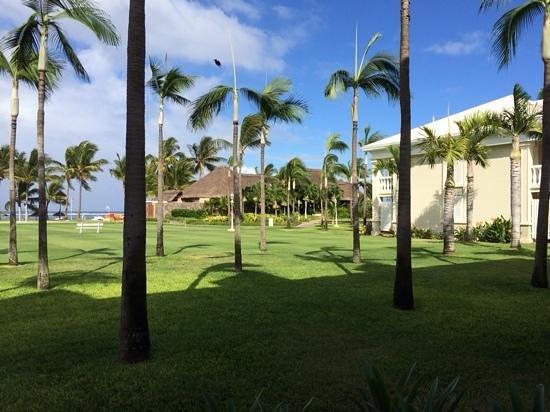 Sugar Beach Golf & Spa Resort : vue sur le tides depuis notre chambre
