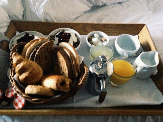 Hotel du Vin: Breakfast in bed