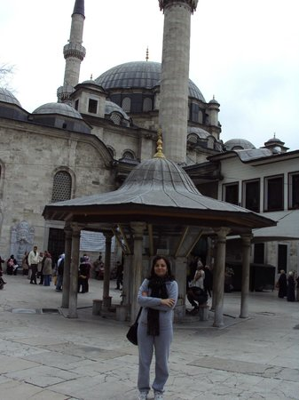 La mosquée Eyüp Sultan (Eyup Sultan Camii) : local para purificação antes de adentrar na mesquita