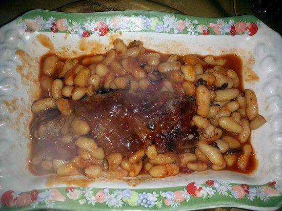Osteria da Chichibio : salsicce con fagioli all'uccelletto