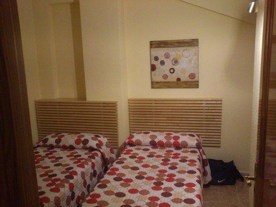 El Cenachero Apartamentos: Dormitorio