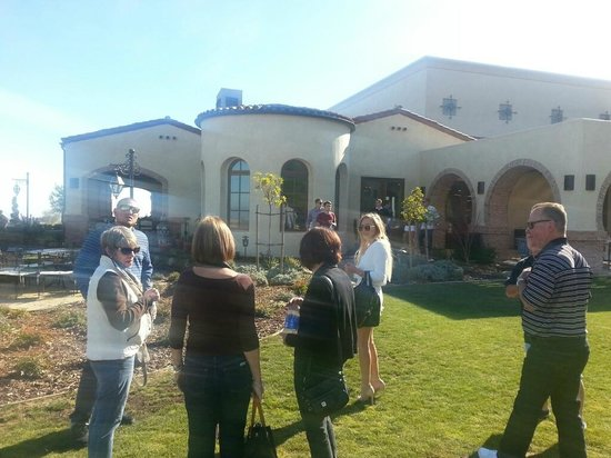 Breakaway Tours & Event Planning: Outside grounds at Dauo Vineyards