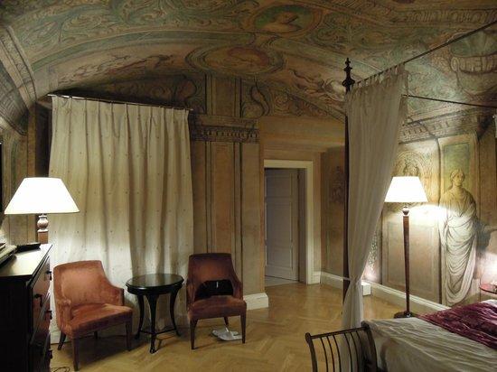 Smetana Hotel: Bedroom