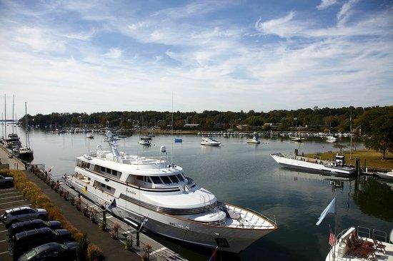 Delamar Greenwich Harbor Hotel: The beautiful Greenwich Harbor