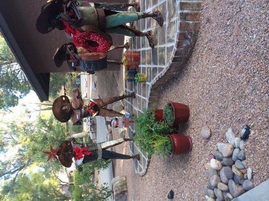 Canyon Ranch in Tucson: Seasonal  Decor