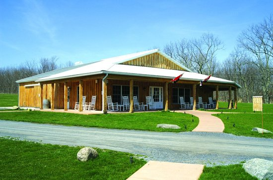 Varick Winery & Vineyard Exterior