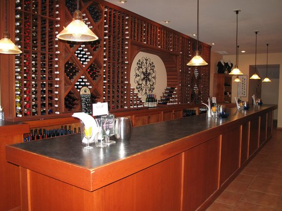 Varick Winery & Vineyard Tasting Room