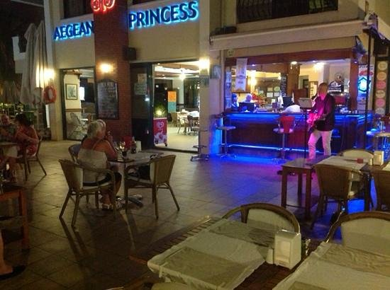 Aegean Princess : live music