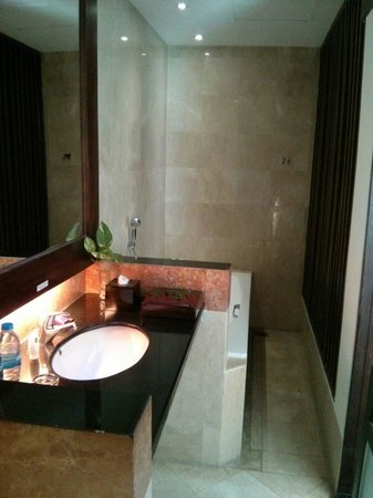BEST WESTERN Kuta Villa: Bathroom