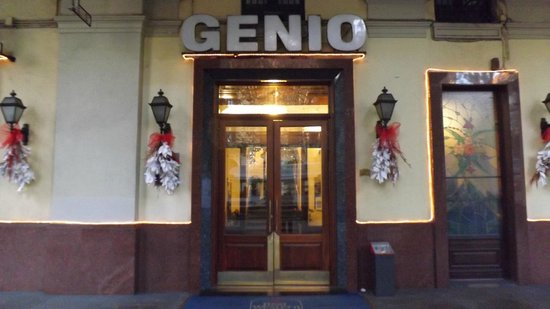 Best Western Hotel Genio: the entrance