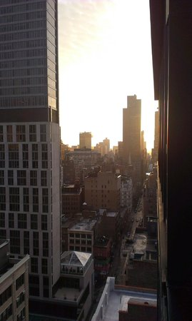 Doubletree Hotel Chelsea - New York City: Sunrise from balcony