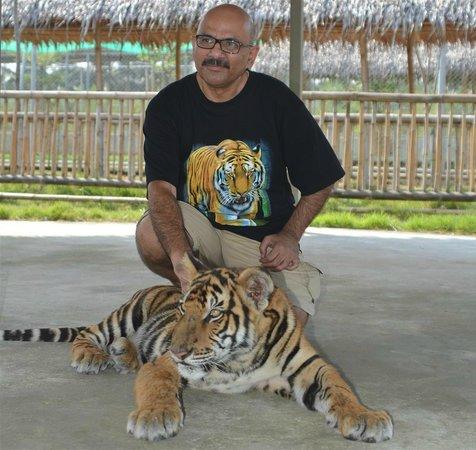 Damnoen Saduak, تايلاند: Azhar T Mirza