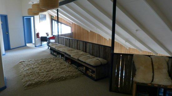 Kau Patagonia: Espacio común a las habitaciones