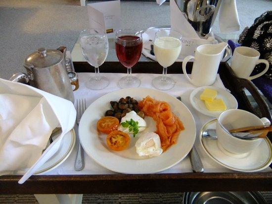 The Grand Brighton: Yummy breakfast in room service