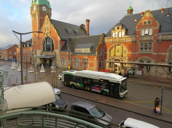 Best Western Grand Hôtel Bristol : Morning view from balcony of room 112
