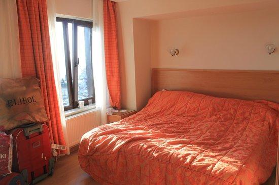 Deniz Houses Hotel: Солнечный номер