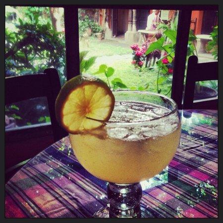 Cafe Condesa: Lemonade soda