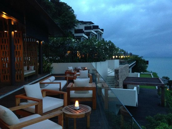 Conrad Koh Samui Resort & Spa: Happy Hour Drinks