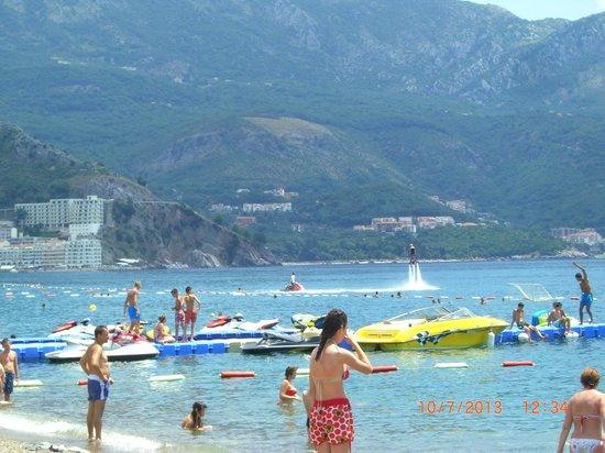 Hotel Montenegro Beach Resort : Развлечения на пляже