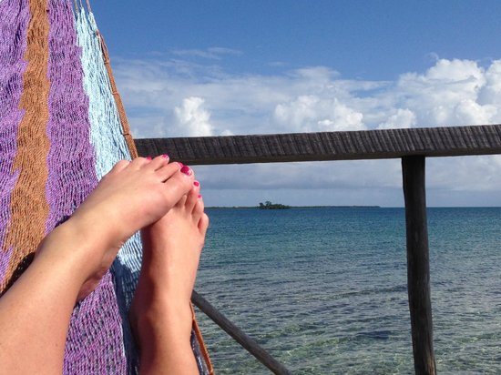 Thatch Caye Resort : My Cabana View