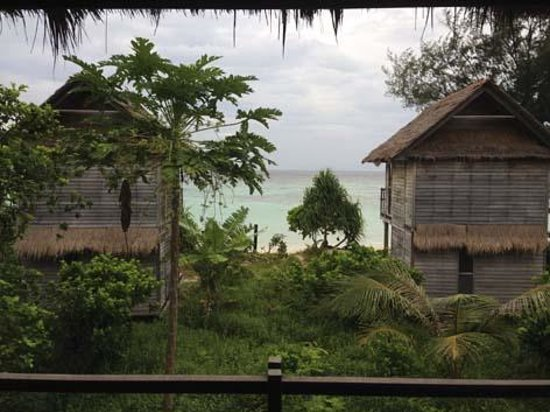Castaway Resort Koh Lipe : View from the Bengalow