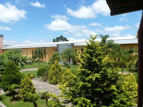 Casa Valduga Villas : vista da varanda da pousada raízes da villa valduga