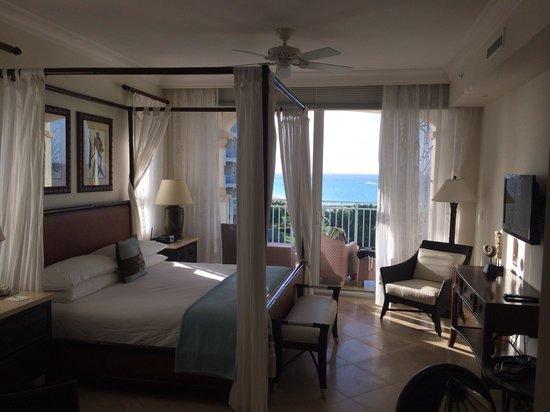 Seven Stars Resort & Spa : 1 bedroom premier oceanfront suite 1402