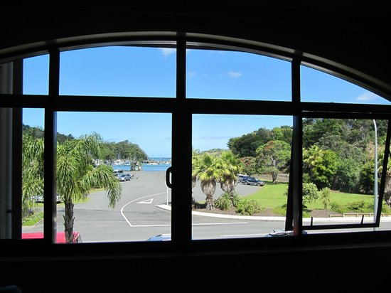 Quality Hotel Oceans Tutukaka: View from bedroom
