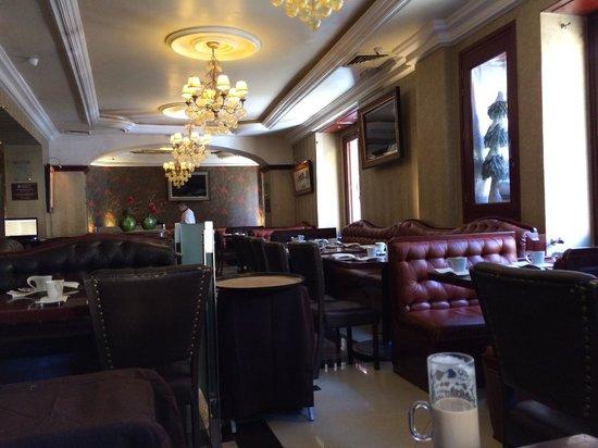 Casa Valadez : inside of the restaurant