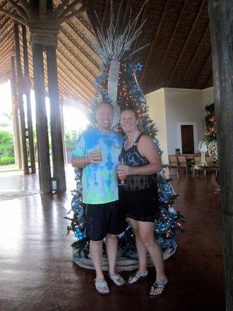 Zoetry Agua Punta Cana: Drinks by the Xmas tree