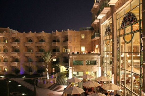 Grand Hyatt Muscat: View of the Fahal wing and the Tuscany terrace