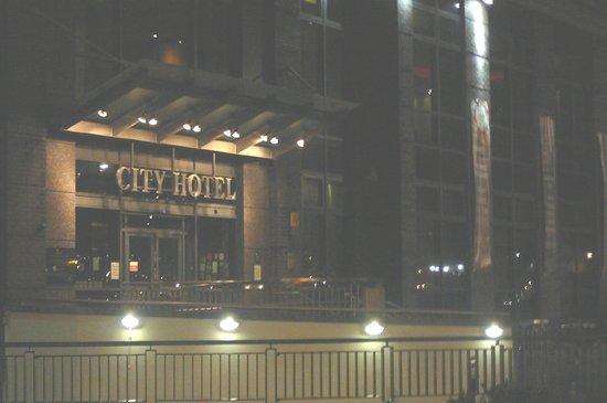 Derry City Hotel Entrance