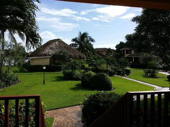 Belizean Dreams Resort: The view from our Villa
