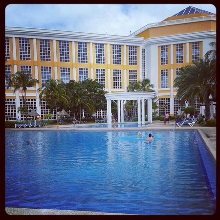 Hesperia Isla Margarita: Piscina
