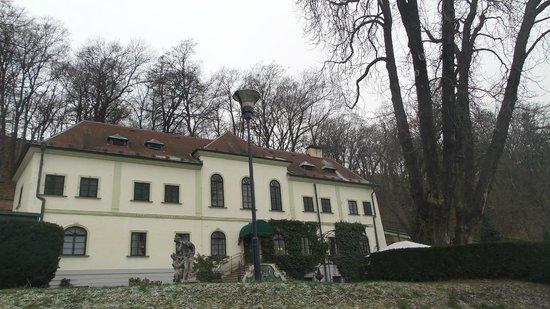 Nebozizek Hotel
