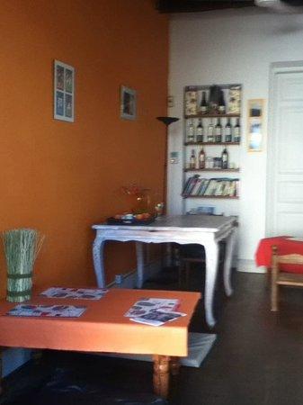 Cafe del Muelle Viejo: Para sentarse y leer mientras comes algo rico