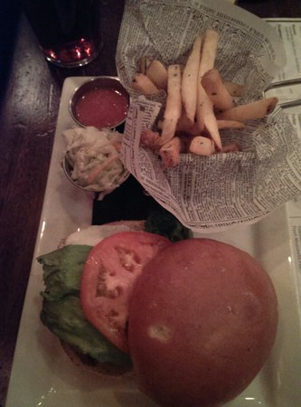Nicholson's Tavern & Pub : Another burger and fries