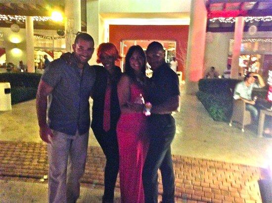 Secrets Royal Beach Punta Cana: Nightly entertainment with Akon and Karen
