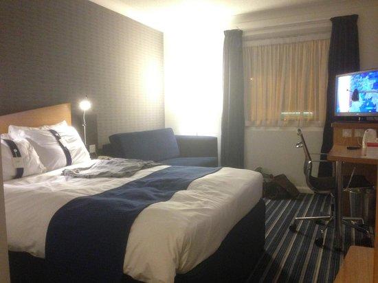 Holiday Inn Express Bristol - North: Room 146