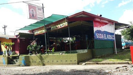 Soda La Hormiga: open restaurant