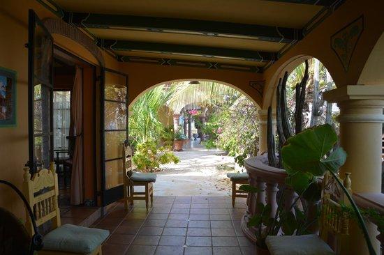 Villa del Faro: entrance