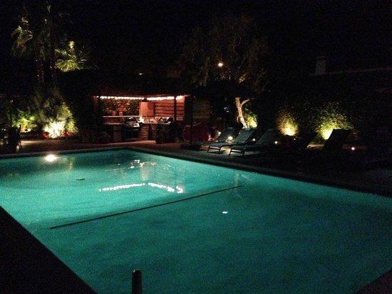 Desert Riviera Hotel: Pool!