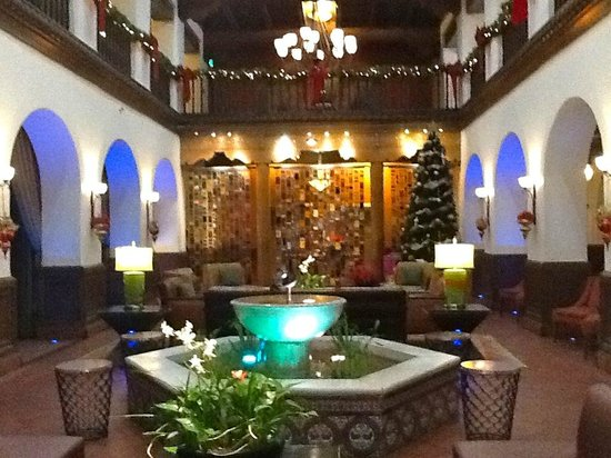 Hotel Andaluz : The Andaluz lobby is stunning!