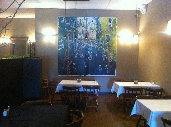 51 Sycamore Restaurant And Rockfish Bar: Indoor Seating near Painting
